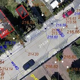 zdjęcie lotnicze z nałożoną mapą numeryczną