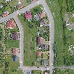 Zdjęcie lotnicze osiedla domków jednorodzinnych